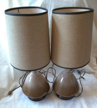 Set Of 2 Vtg Brown Ceramic Lamps Matching Shades Underwriters Laboratories photo