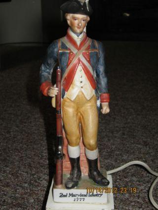 Vintage Ceramic/ Porcelain Revolutionary War Soldier Table Lamp photo