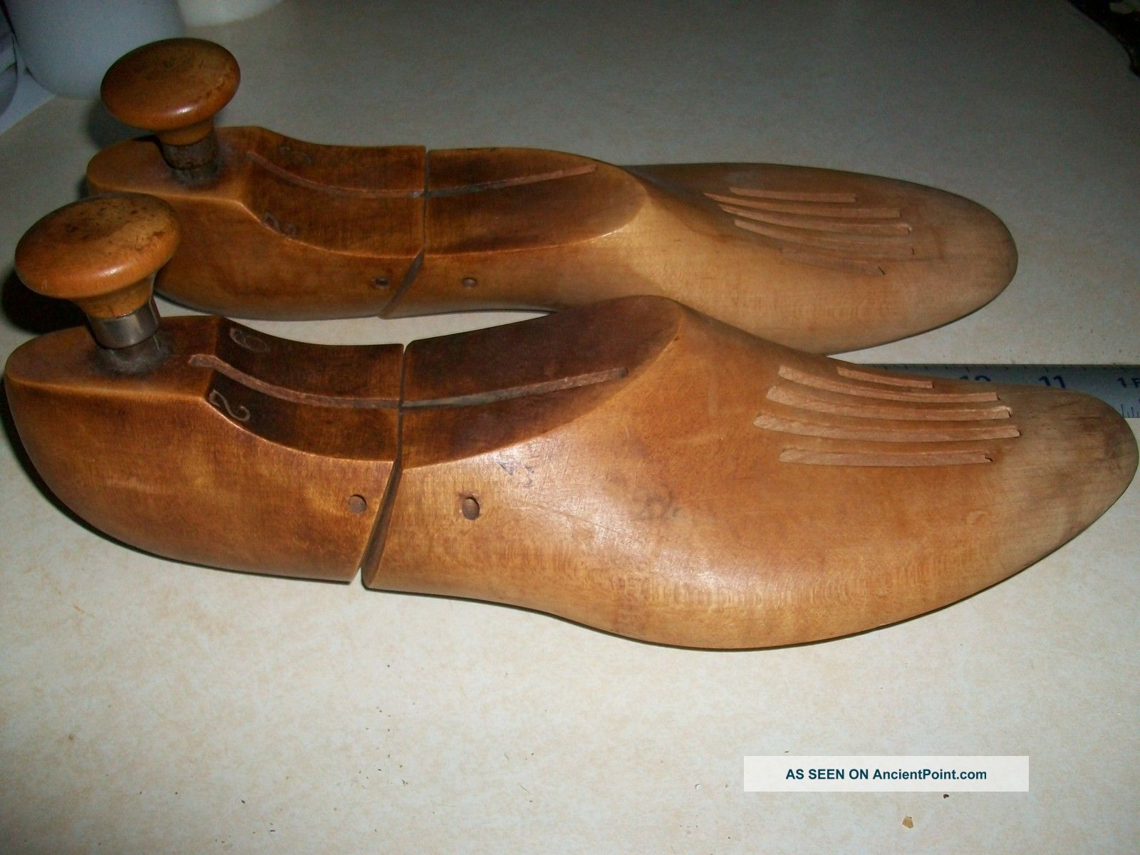 Wooden Shoe Stretcher Insert Other photo 1