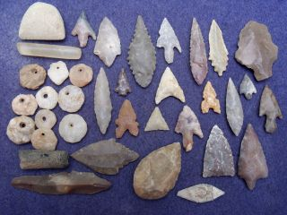 35 Sahara Neolithic Relics - Tools,  Celt,  Beads And 1 Paleolithic Tool photo
