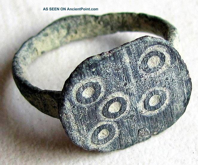 Ancient Roman Men Ring Brings