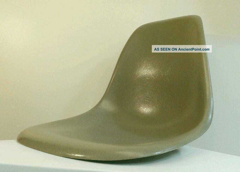 Eames Herman Miller 1950s Side Shell Chair Rare Olive Grey Fiberglass Vitra Post-1950 photo