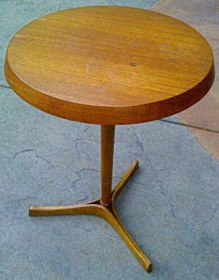 Marked Selig Danish Modern Small Side Table Mid Century Modern Amazing Condition photo