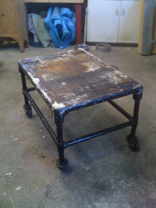 Heavy Antique Industrial Cast Iron Table With Casters 1920 ' S Excellent photo