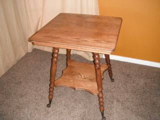 Antique Oak - - Claw And Ball - - Parlor Table - - 29