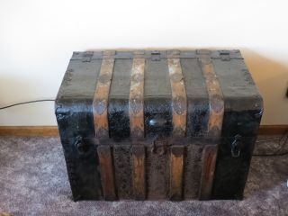 Late 1880 ' S Or 1900 ' S Victorian Tin & Wood Trunk photo