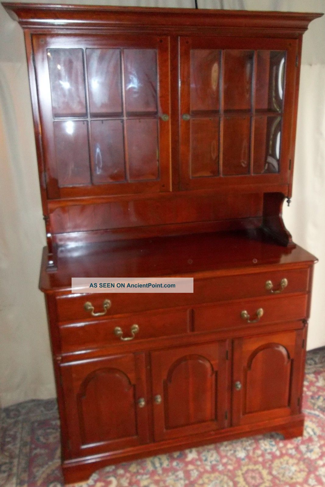 Vintage Pennsylvania House/ Mt Vernon Style Cherry China Cabinet/  Hutch/cupboard