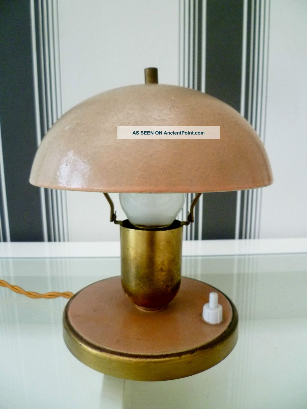 1920 ' S Art Deco Bauhaus Mushroom Desk Lamp With Base Mounted Switch 20th Century photo