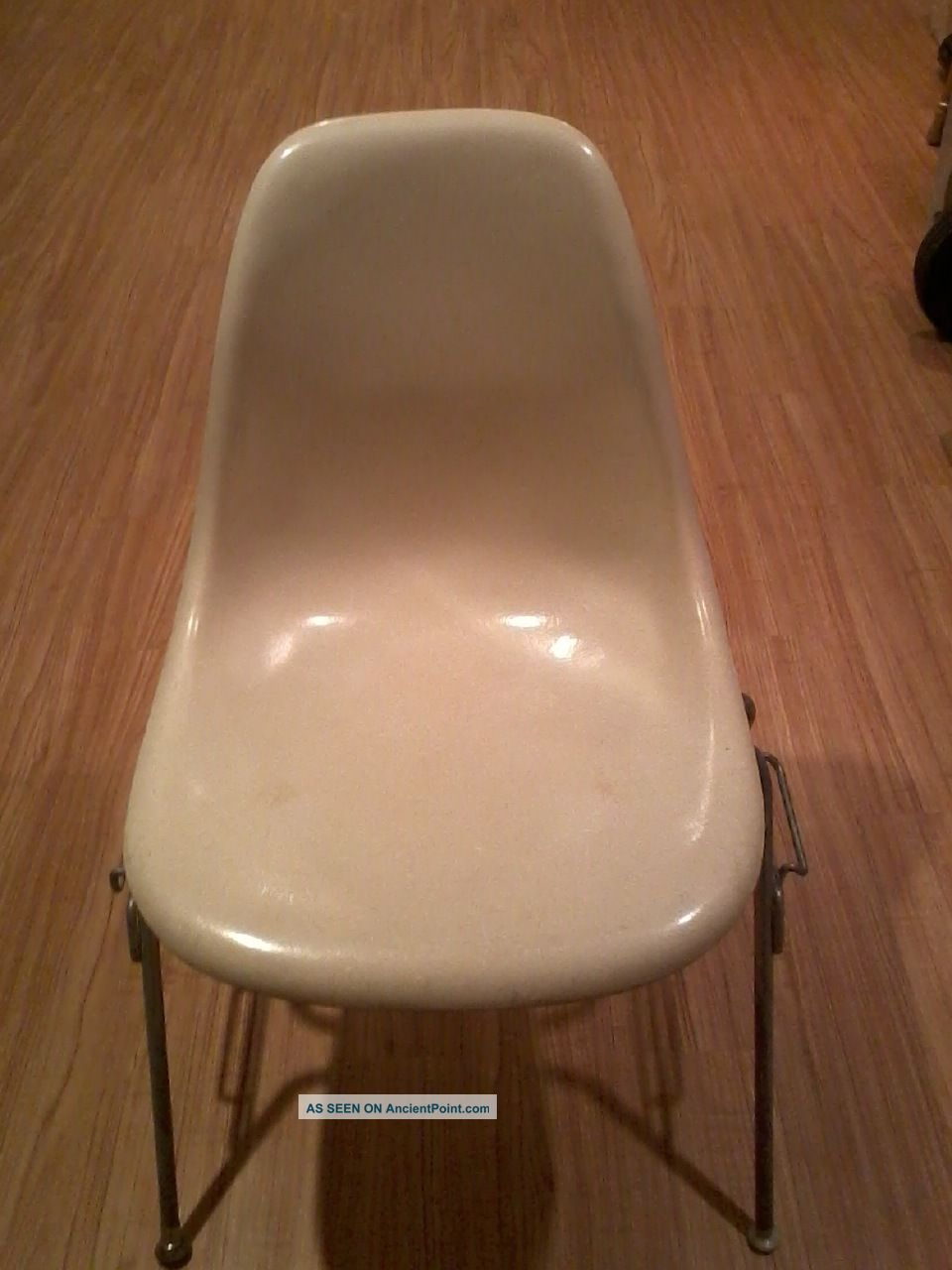 Vintage Eames Shell Chair Herman Miller Mid Century Modern Post-1950 photo