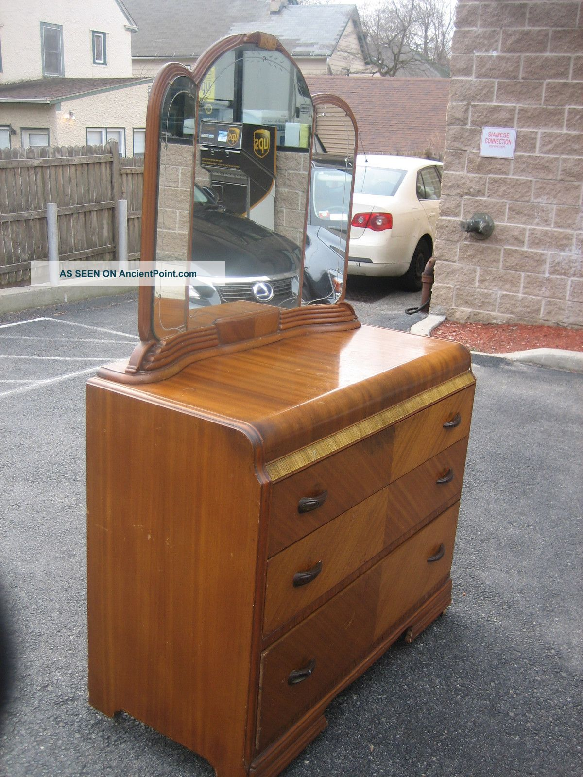 gorgeous art deco vanity dresser with etched mirror