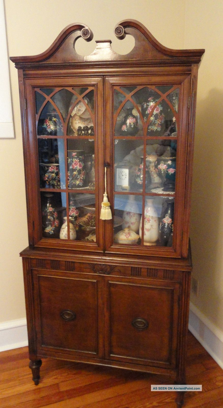 how to arrange dishes in a hutch 2015 home design ideas