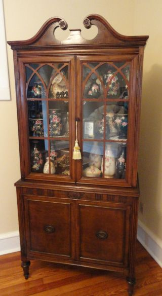 China Cabinets Antiques