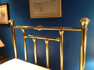 Queen Size Brass Bed - In Mint Condition photo