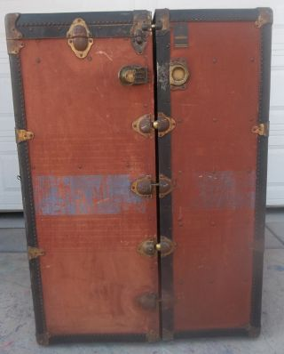 1926 Oshkosh Steamer Trunk photo
