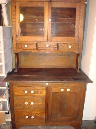 Gallery antique kitchen hutch with flour bin for Meuble antique kijiji