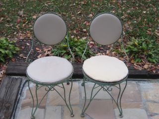2 Vintage Antique Iron Ice Cream Bistro Chairs Metal Mid Century French Country photo