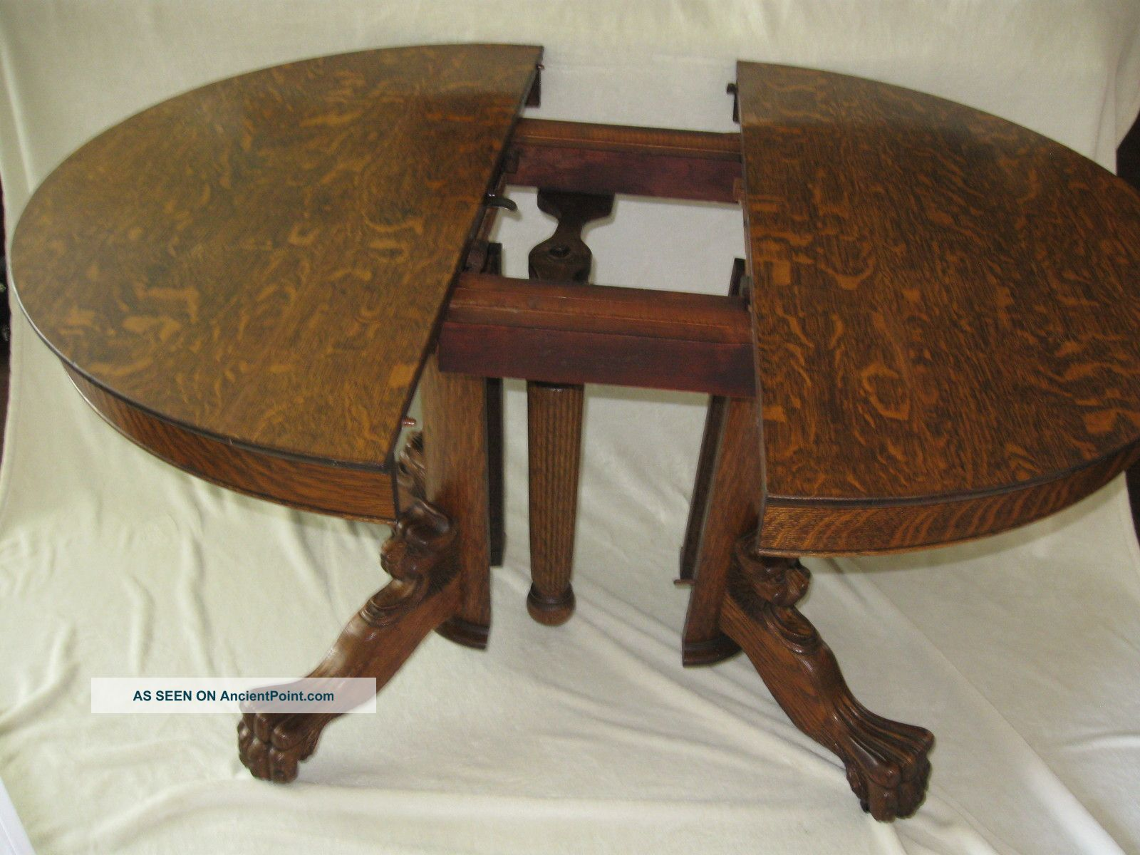 Ball And Claw Foot Desk