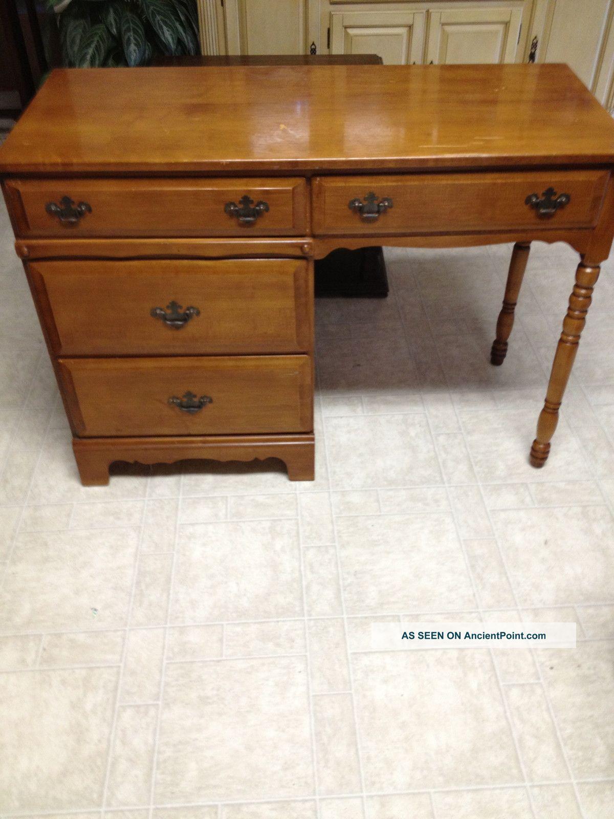Vintage Desk Unknown photo