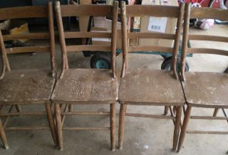 Set Of 4 Antique Chairs Sturdy Wood Shabby/rustic Ladder Back Vintage photo