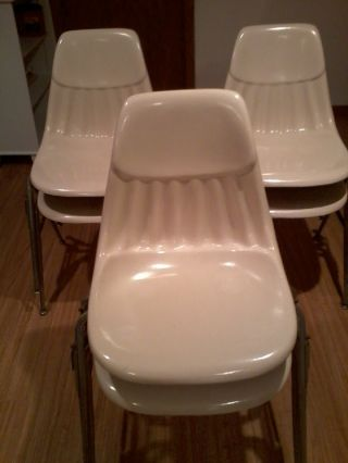 Fiberglass Shell Eames Style Side Chair Set Of 6 Stacking Side Chairs photo