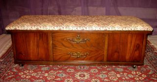 Vintage Lane Furniture Hope Chest / Trunk On Casters With Cusion Seat photo