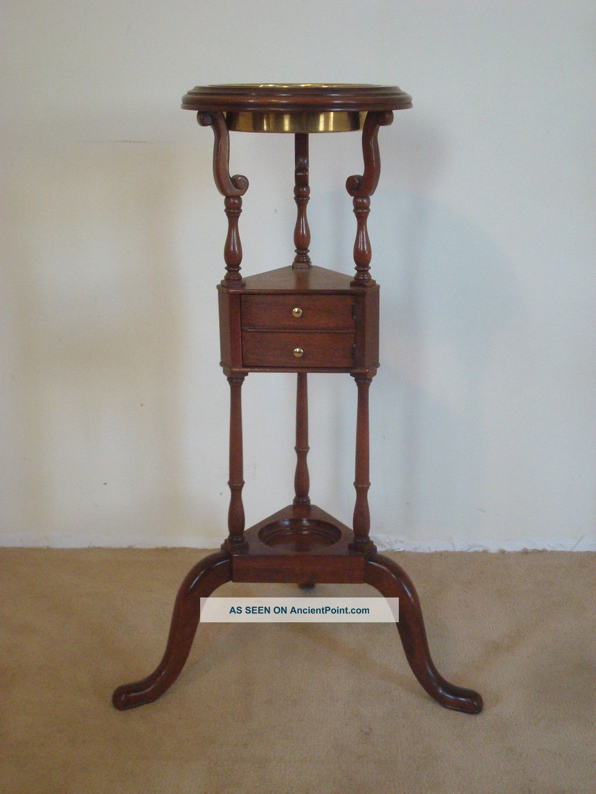 Baker Furniture Company Queen Anne Historic Charleston Mahogany Wig Stand Post-1950 photo