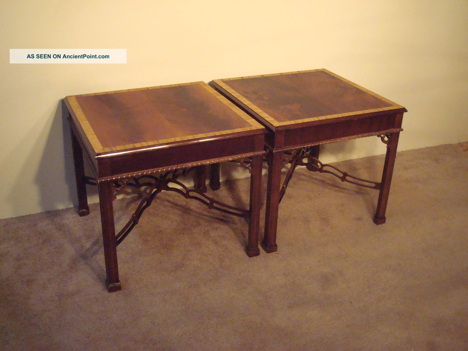 Pair Henredon Rittenhouse Flame Mahogany Chippendale End Side Tables Post-1950 photo