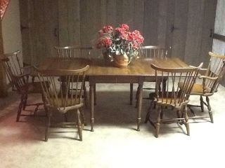 Vintage Pennsylvania House Early American Dining Table With 6 Windsor Chairs photo