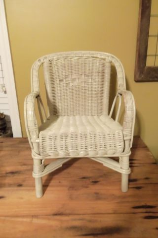 Rare & Unique Vintage Off White Child ' S Kids Wicker Chair Doll Very Well Made photo
