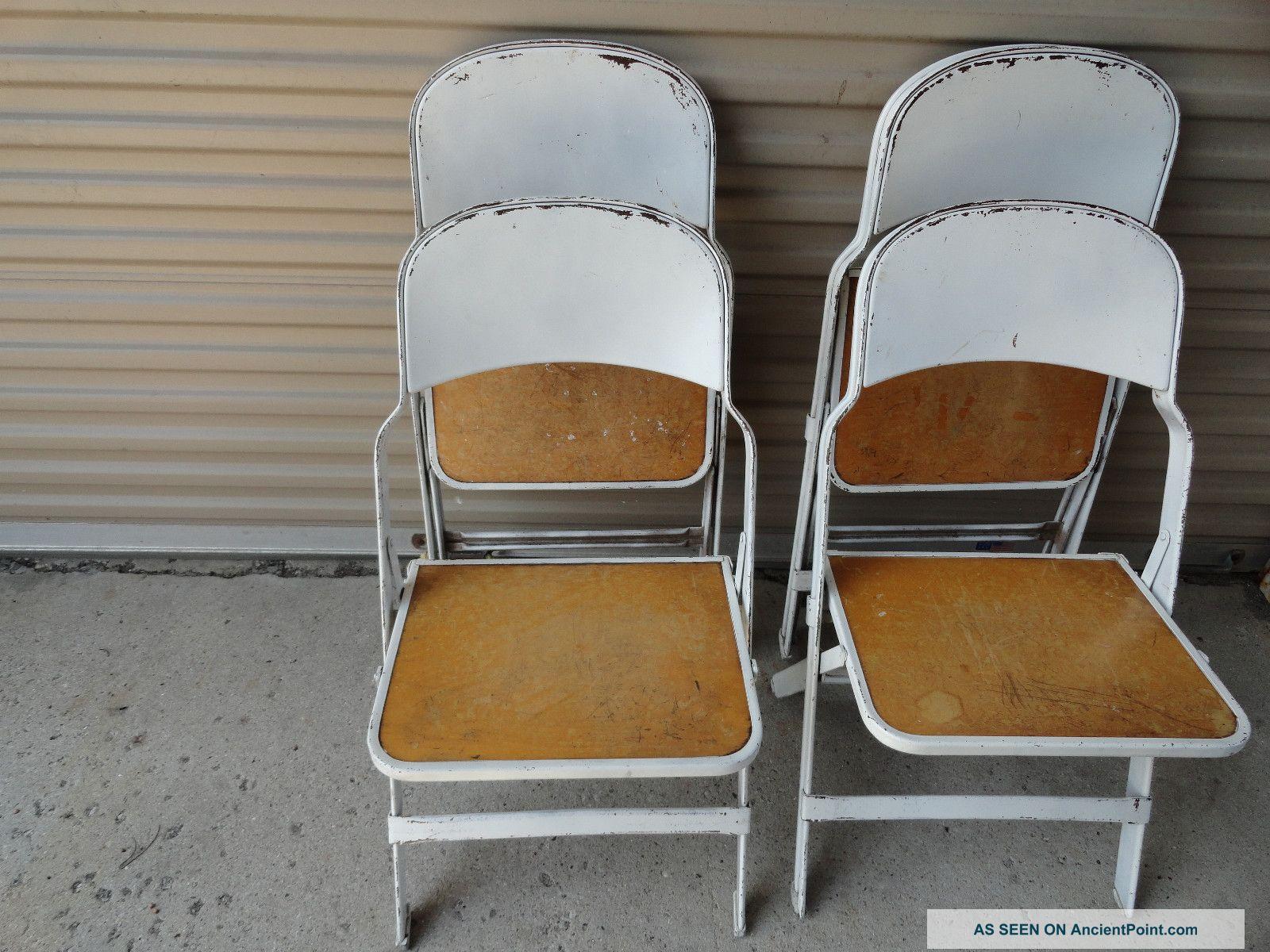 Vintage - Metal/wood Folding Chairs Post-1950 photo