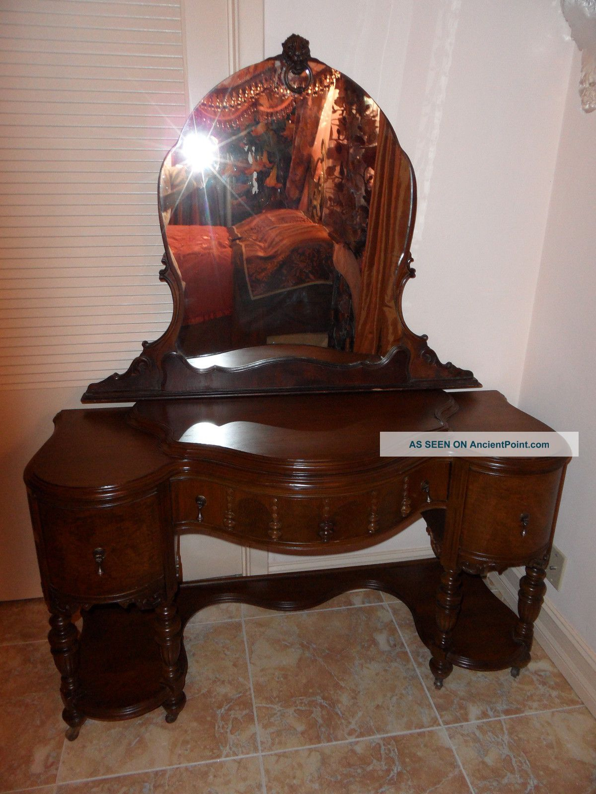 ... Antique Wood Vanity With Mirror Furniture ... - Antique Vanity With Mirror - Mirror Ideas