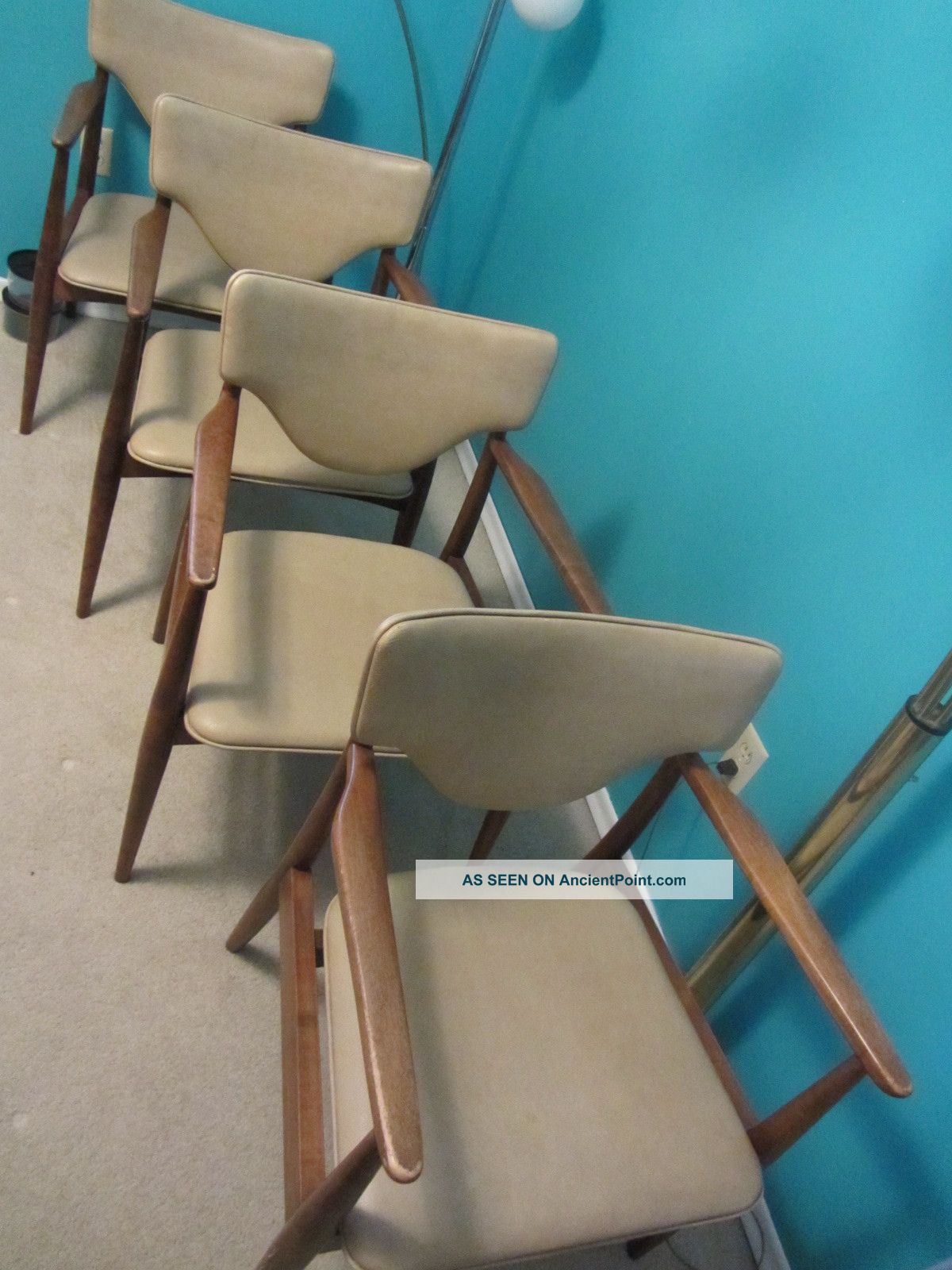 Set Of 4 Mid Century Danish Modern Side Dining Captain Chairs Post-1950 photo