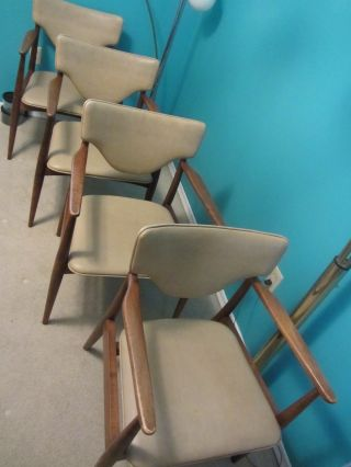 Set Of 4 Mid Century Danish Modern Side Dining Captain Chairs photo