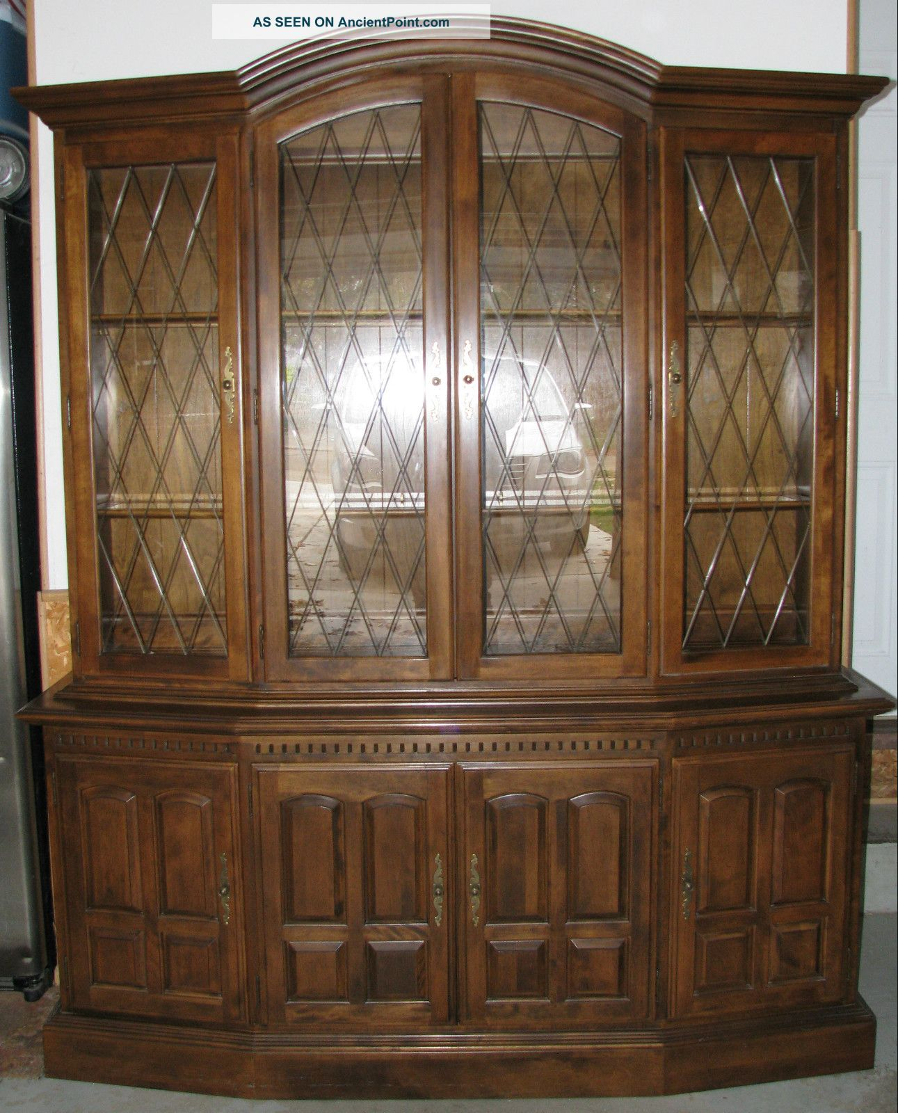 Vtge ' 76 Ethan Allen Classic Manor Console Buffet & China Cabinet Top Wood Glass Post-1950 photo