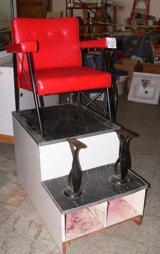 Antique Shoe Shine Chair - Unique photo