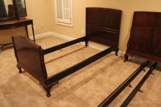 Antique Mahogany Twin Bed Set photo