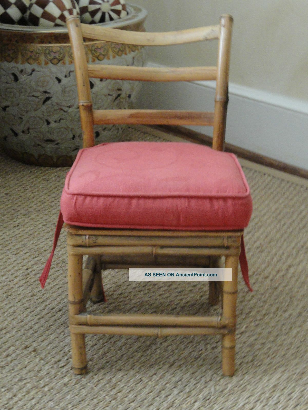 Child ' S Antique Curved Ladder Back Bamboo Chair: Removable Damask Box Cushion Post-1950 photo