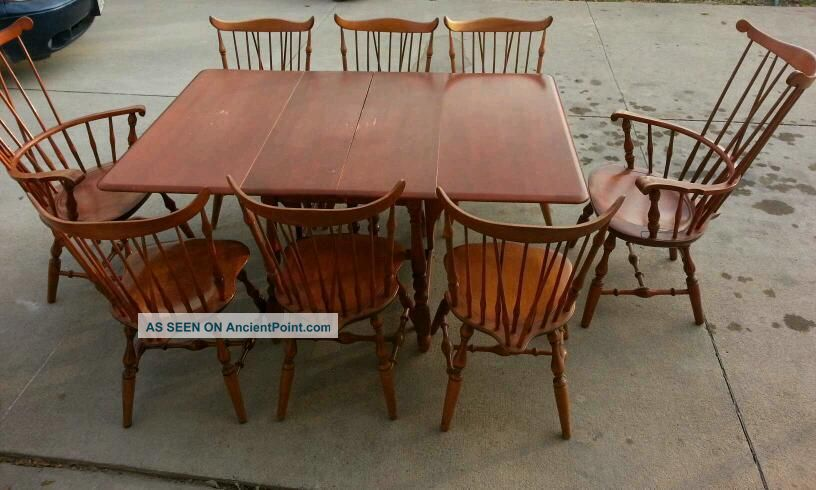 Nichols & Stone Comb Back Windsor Armchairs - Table 8 Chairs Post-1950 photo