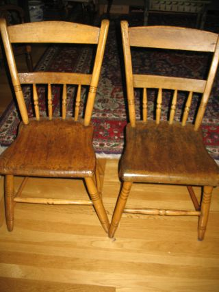 Set Of Four (4) Antique Plank Chairs - Guc photo