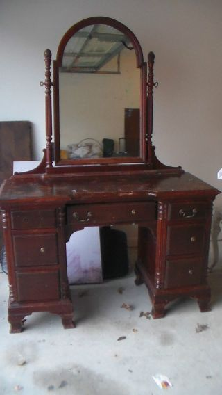 Antique Vanity Very Solid And Sturdy Can Be Refinished photo