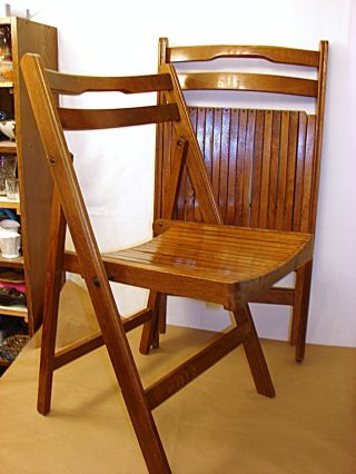 Retro Slatted Seat Wood Folding Chair - Church - School - Confrence Room photo