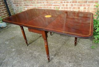 Regency.  Drop Leaf Dining Table,  With Reeded Edge.  Seats 6 - 8 Persons.  C1824. photo