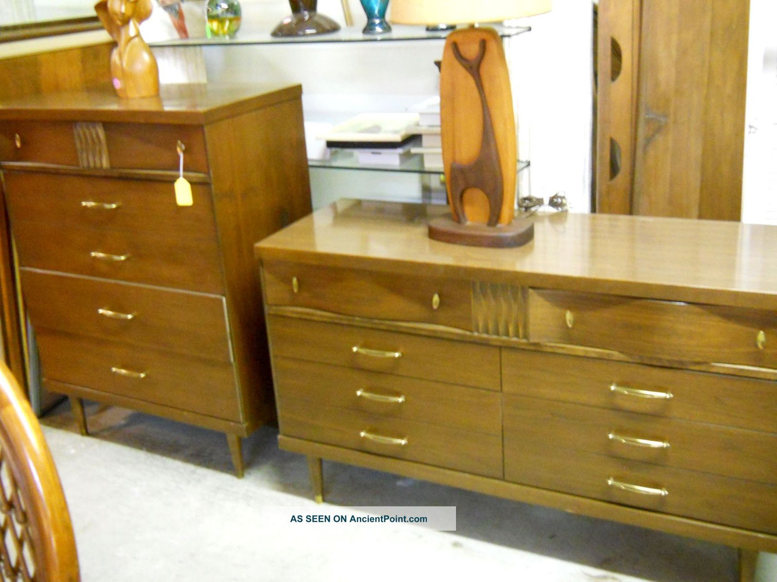 Mid Century Modern Bedroom Set By Bassett 1960 S