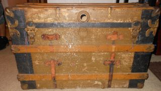 Steamer Trunk Chest 1900 ' S Estate Purchased Antique Beauty photo