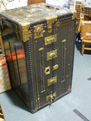 Vintage Herkert & Meisel Steamer Trunk (a Wow) photo