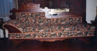 Antique Victorian Walnut Fold - Out Fainting Couch Excellent & Very Unusual photo