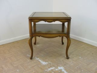 Weiman French Provential Lamp End Table A photo