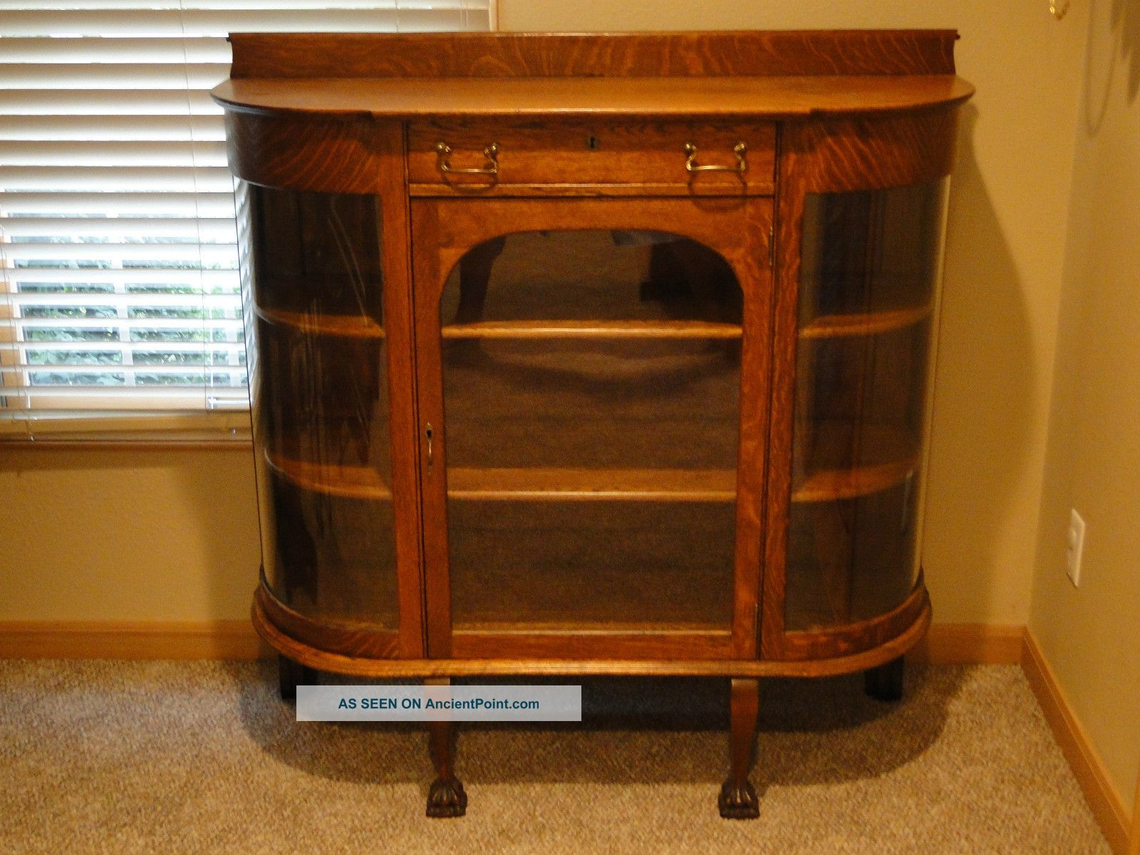 Early 1900 ' S Antique Oak China Cabinet With Curved Glass - Outstanding Condition 1900-1950 photo