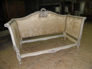 Vintage French Louis Xv Painted Day Bed photo