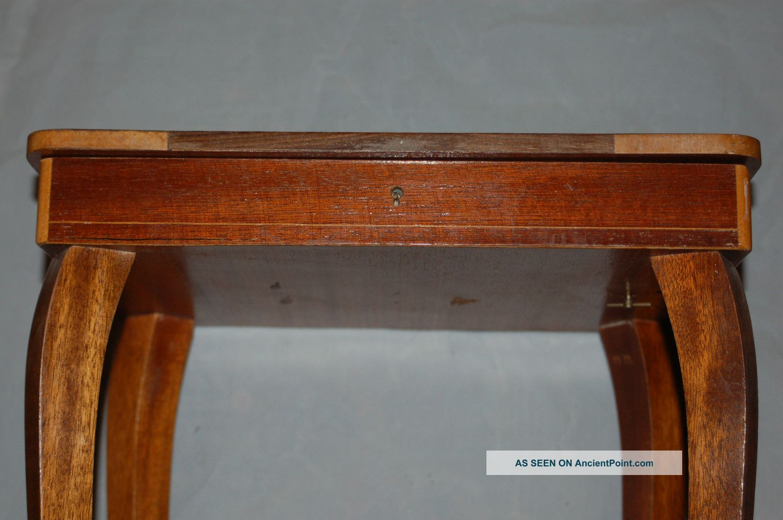 Antique Italian In Laid Small Side Wooden Table Music Box 1900 1950 . Full resolution‎  image, nominally Width 1600 Height 1063 pixels, image with #713819.